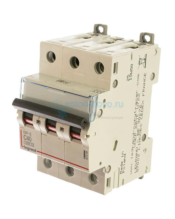 Выключатель автоматический 3-полюсный Legrand, тип C, 40А, 6кА