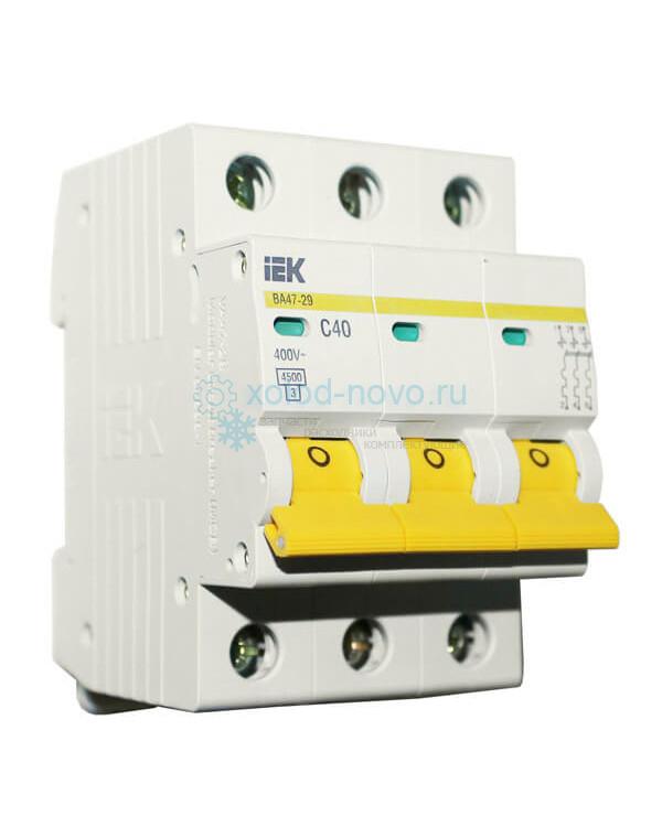 Выключатель автоматический 3-полюсный ИЭК, тип C, 40А, 10кА